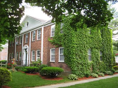Colonial Gardens Apartments - 1, 2 & 3 Bedroom Garden Apts. Glens ...